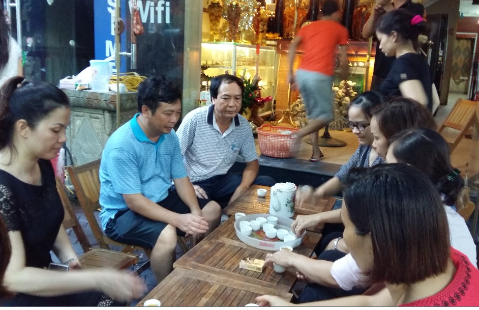Hội LHPN quận Hà Đông thăm hỏi, động viên gia đình nạn nhân vụ cháy nhà tại Mộ Lao