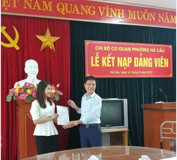 Hội LHPN Hà Cầu làm tốt công tác tham mưu phát triển Đảng viên nữ