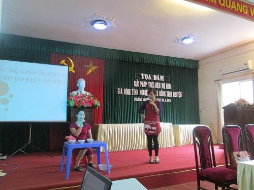 Hội LHPN phường Nguyễn Trãi phối hợp tổ chức tọa đàm giải pháp thực hiện mô hình Gia đình tình nguyện –cộng đồng tình nguyện