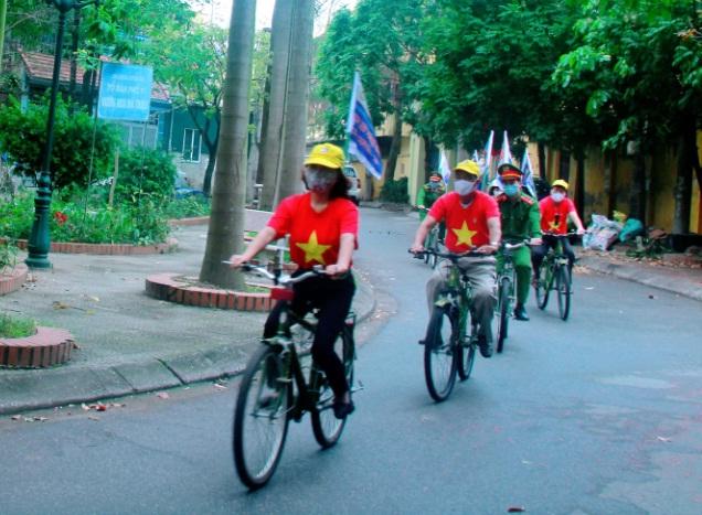 Hội LHPN phường Nguyễn Trãi phối hợp các đoàn thể đẩy lùi Covid -19