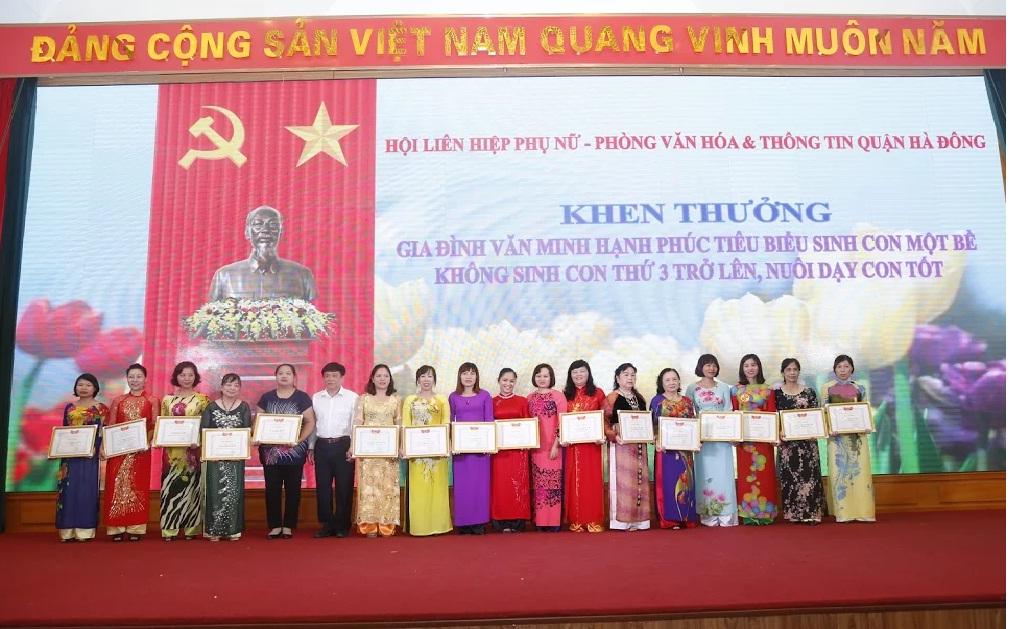 Tổ chức ngày hội gia đình Trao yêu thương – nhận hạnh phúc kỷ niệm 15 năm ngày gia đình Việt Nam