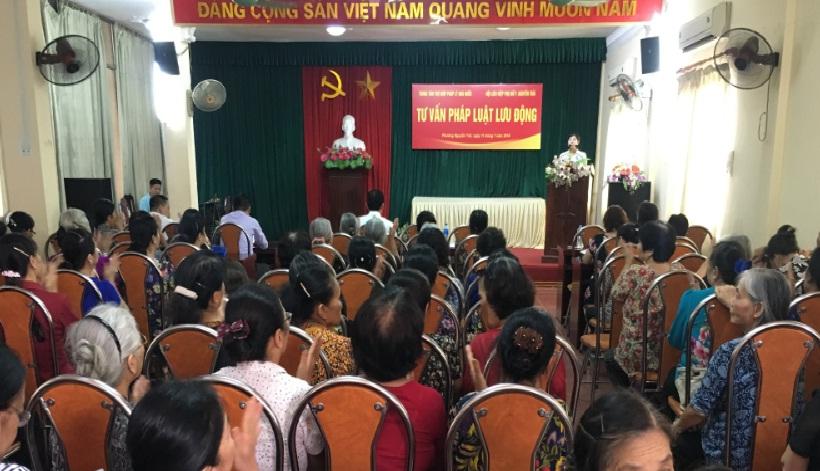 Hội LHPN phường tổ chức tư vấn pháp luật cho cán bộ, hội viên phụ nữ trên địa bàn phường Nguyễn Trãi