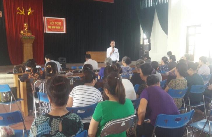 Hội LHPN phường Phú Lương phối hợp tổ chức hội nghị trợ giúp pháp lý  cho cán bộ, hội viên phụ nữ năm 2018