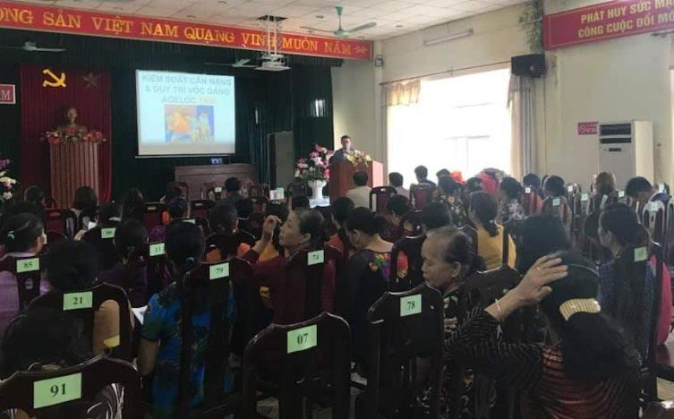 Tư vấn chăm sóc sức khỏe cho phụ nữ phường Phú Lãm