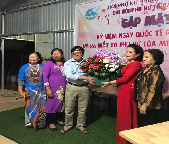 Ra mắt tổ phụ nữ khu chưng cư M1 Thanh Hà - Kiến Hưng