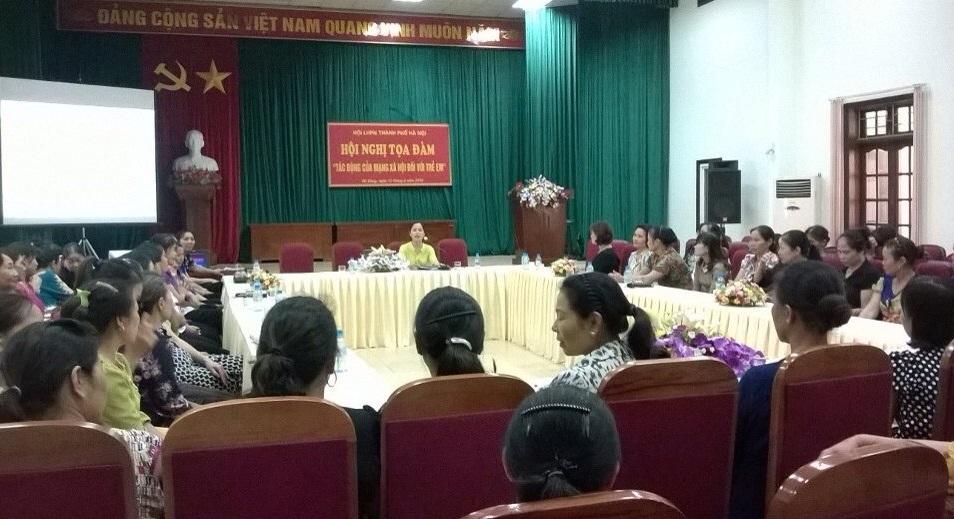 Hội LHPN phường Phú Lương tổ chức hội nghị tọa đàm  Tác động của mạng Xã hội đối với trẻ em
