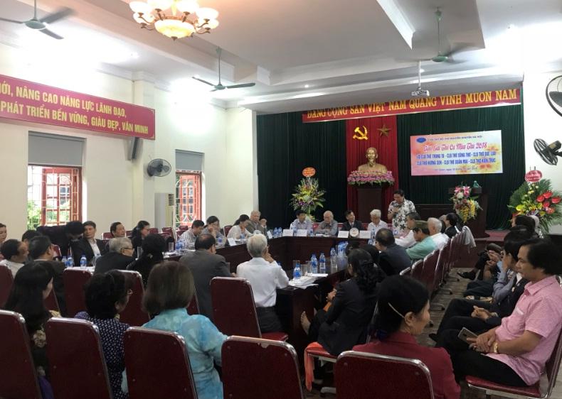 Ấm áp chương trình giao lưu thơ giữa CLB thơ Nguyễn Khuyến  và cán bộ, hội viên phụ nữ phường Văn Quán