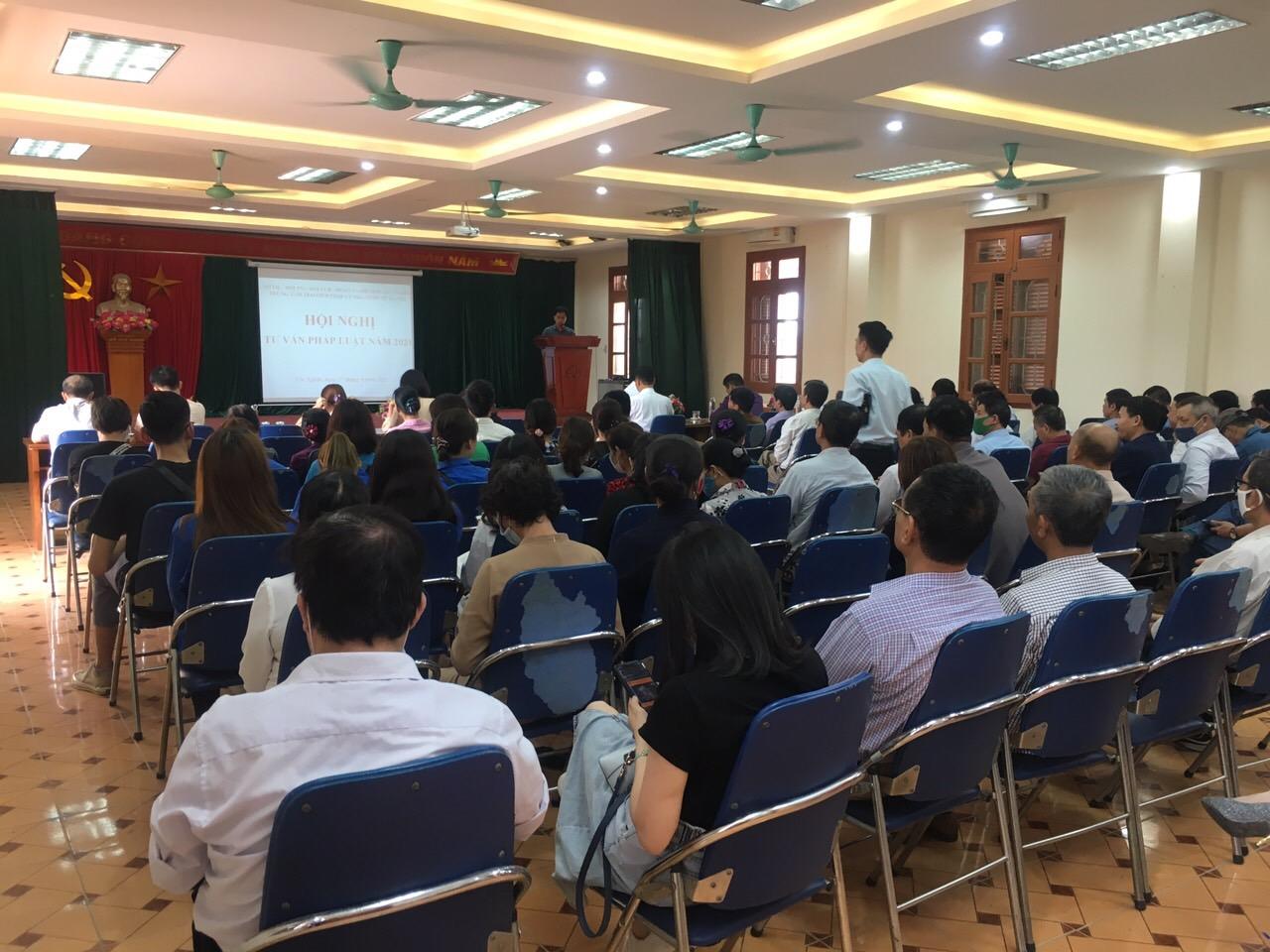 Hội LHPN phường Yên Nghĩa phối hợp tổ chức Hội nghị tư vấn pháp luật năm 2021